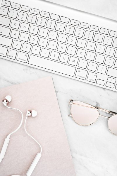 50 Entertainment Blog Post Ideas for Lifestyle bloggers